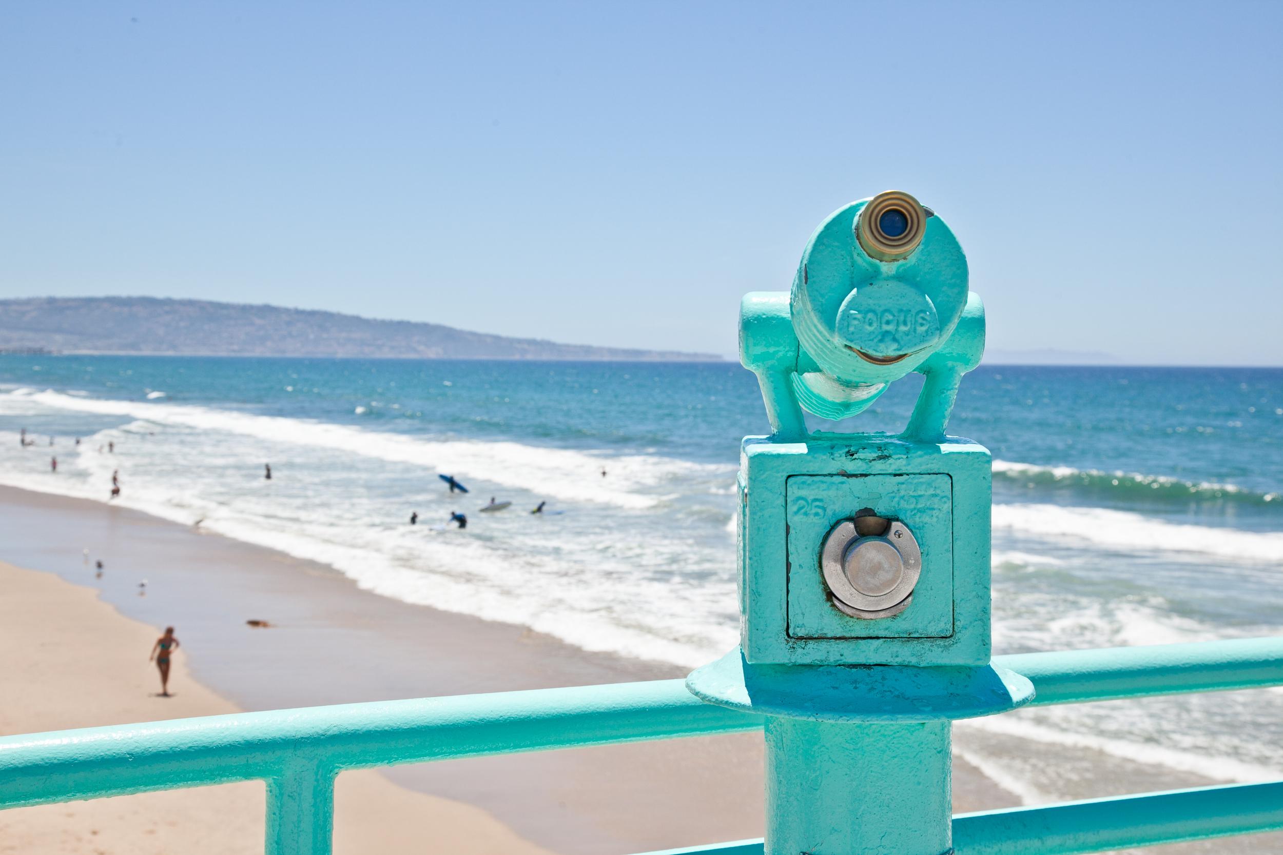trisa-taro-manhattan-beach-pier-LA.jpg