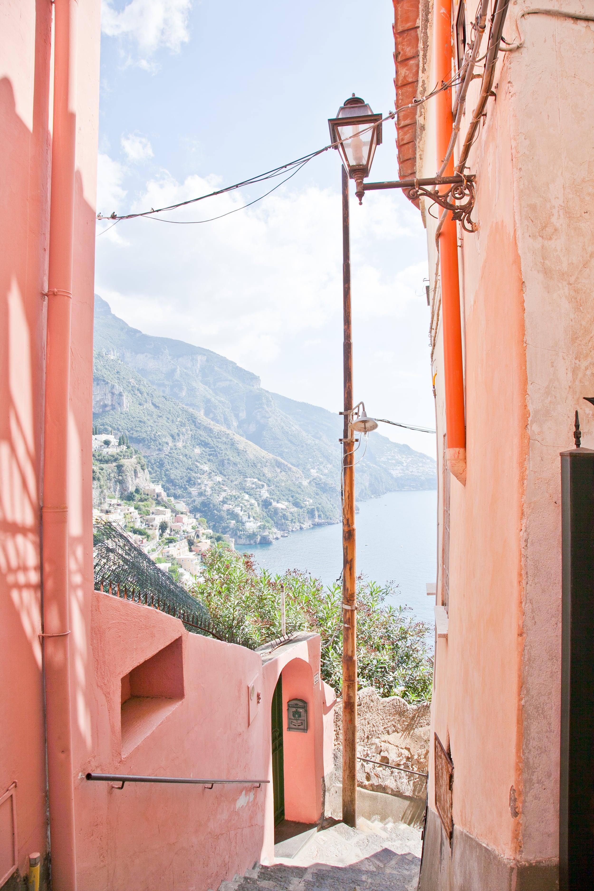 trisa-taro-alleyway-positano-amalfi coast-italy.jpg