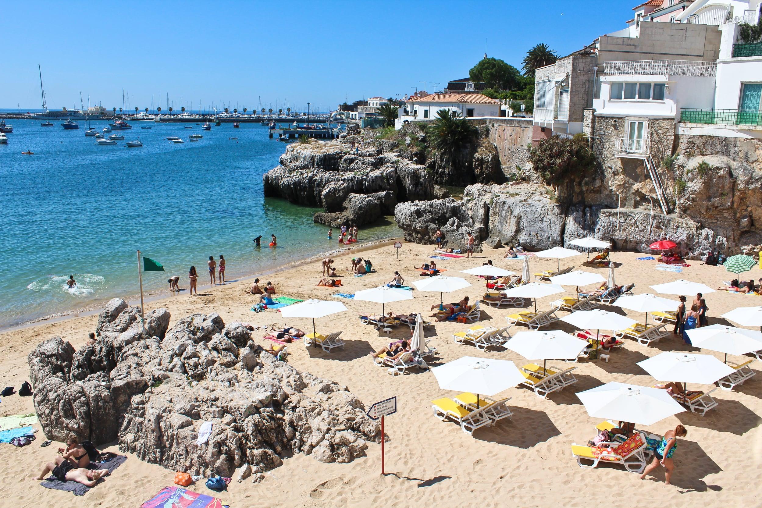 trisa-taro-beach-cascais-portugal.jpg