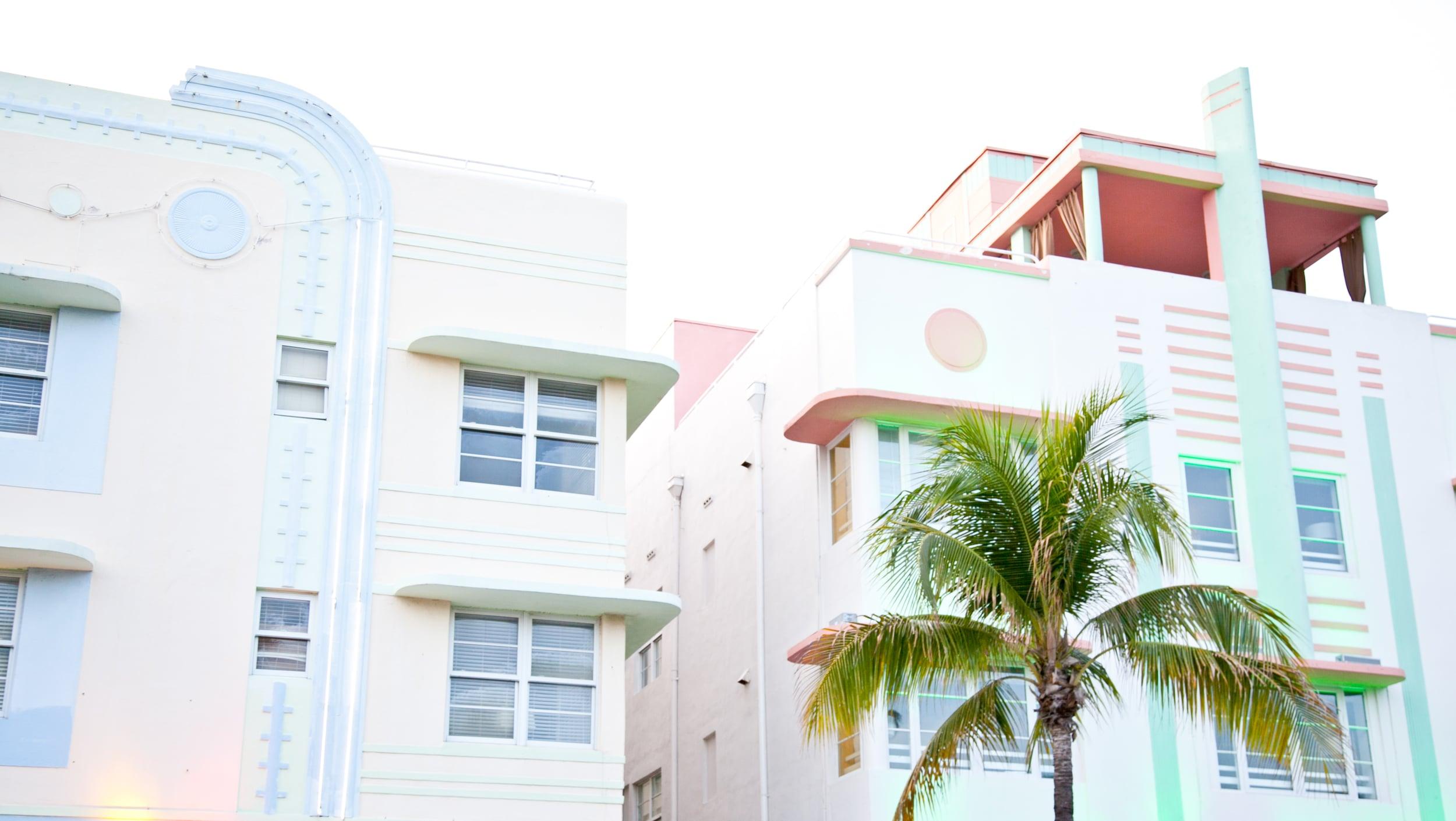 trisa-taro-ocean-drive-facades-miami.jpg