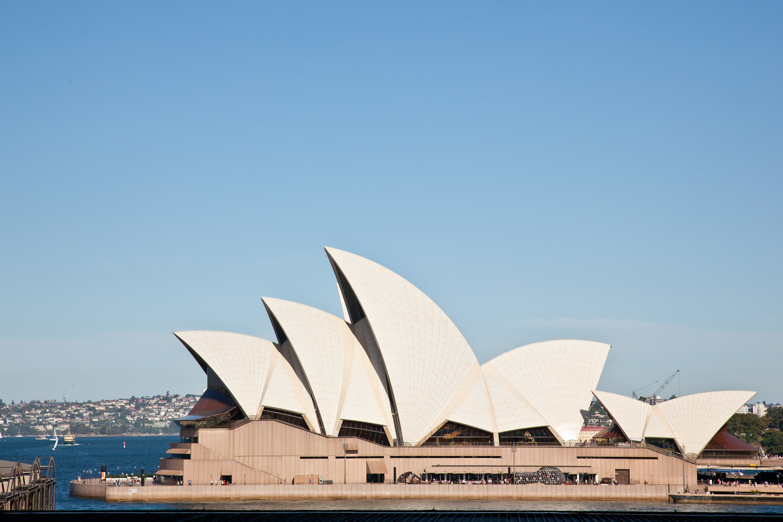 IMG_7319-sydney-australia-harbor-trisa-taro.jpg