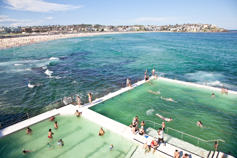 IMG_7422-sydney-australia-bondi-beach-icebergs-trisa-taro.jpg