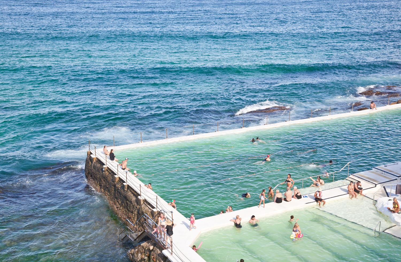 IMG_7457-sydney-australia-bondi-beach-icebergs-trisa-taro.jpg