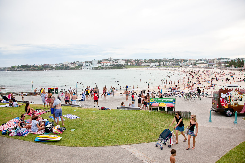 IMG_7526-sydney-australia-bondi-beach-trisa-taro.jpg
