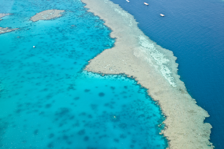 IMG_8114-whitsundays-airlie-beach-great-barrier-reef-flight.jpg