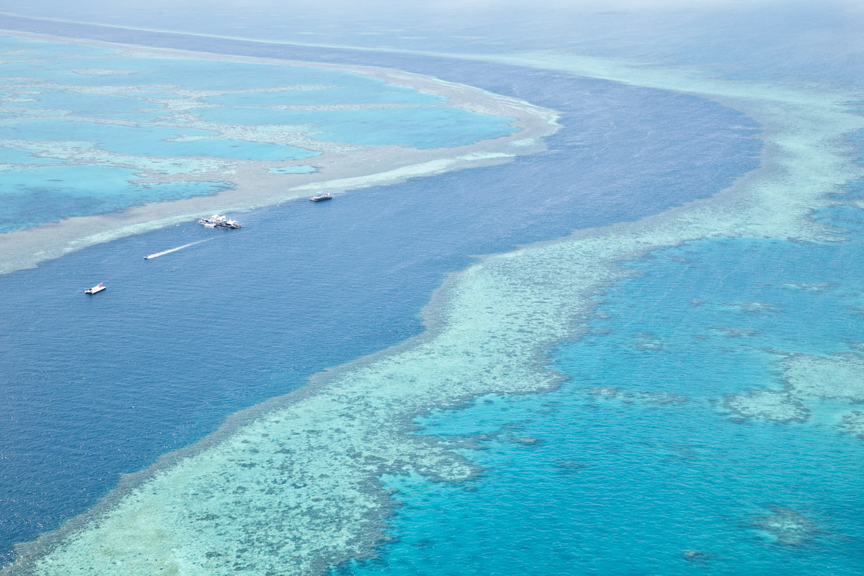 IMG_8112-whitsundays-airlie-beach-great-barrier-reef-flight.jpg