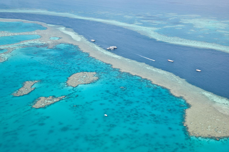 IMG_8118-whitsundays-airlie-beach-great-barrier-reef-flight.jpg