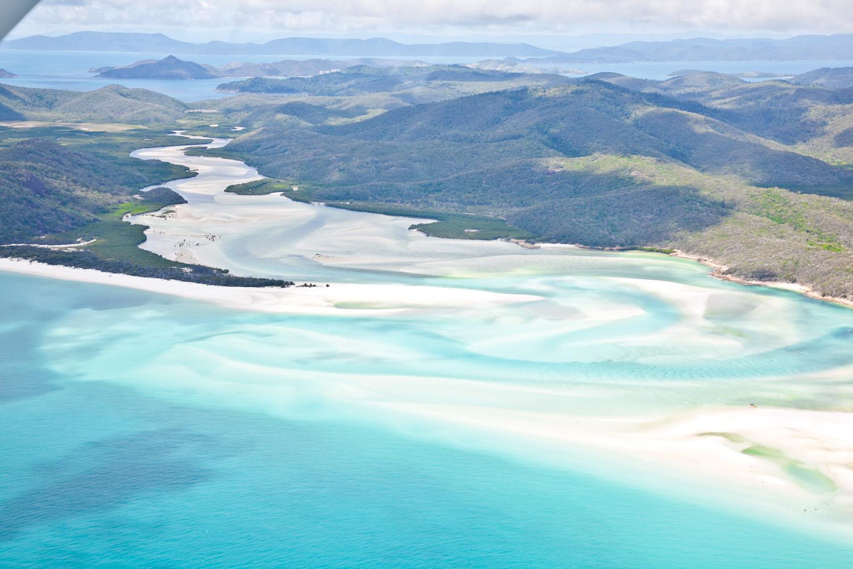 IMG_8189-whitsundays-airlie-beach-great-barrier-reef-flight.jpg