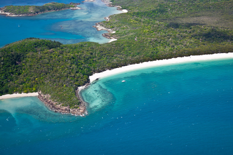 IMG_8206-whitsundays-airlie-beach-great-barrier-reef-flight.jpg