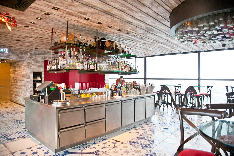 IMG_8463-london-england-view-duck-and-waffle-restaurant-trisa-taro.jpg