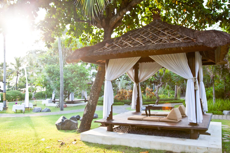 IMG_9374-seminyak-bali-indonesia-trisa-taro.jpg