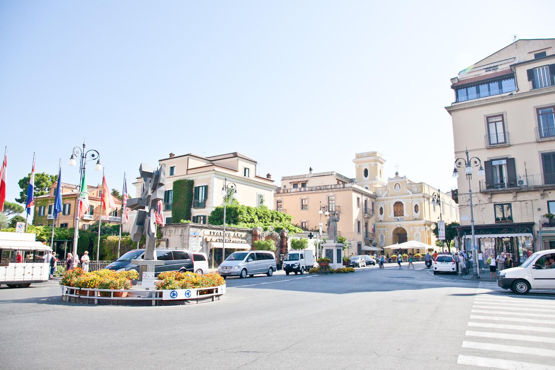 IMG_3423-italy-naples-day-trip-sorrento-amalfi-coast-travel-trisa-taro.jpg