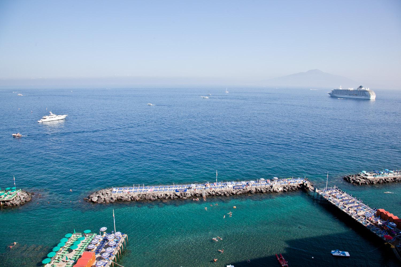 IMG_3467-italy-naples-day-trip-sorrento-amalfi-coast-travel-trisa-taro.jpg