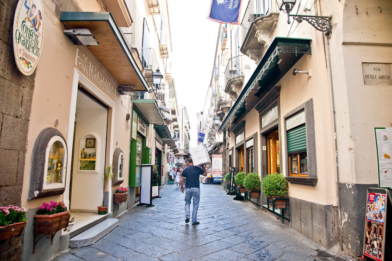 IMG_3478-italy-naples-day-trip-sorrento-amalfi-coast-travel-trisa-taro.jpg