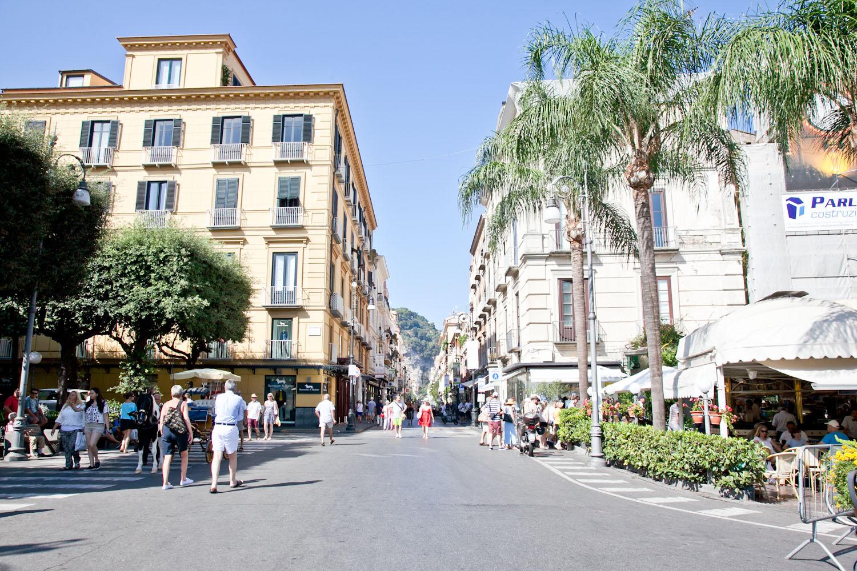IMG_3483-italy-naples-day-trip-sorrento-amalfi-coast-travel-trisa-taro.jpg