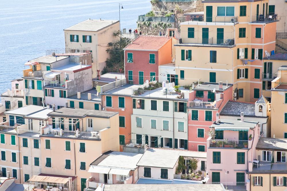 IMG_5847-riomaggiore-cinque-terre-italy-trisa-taro-the-free-passport.jpg