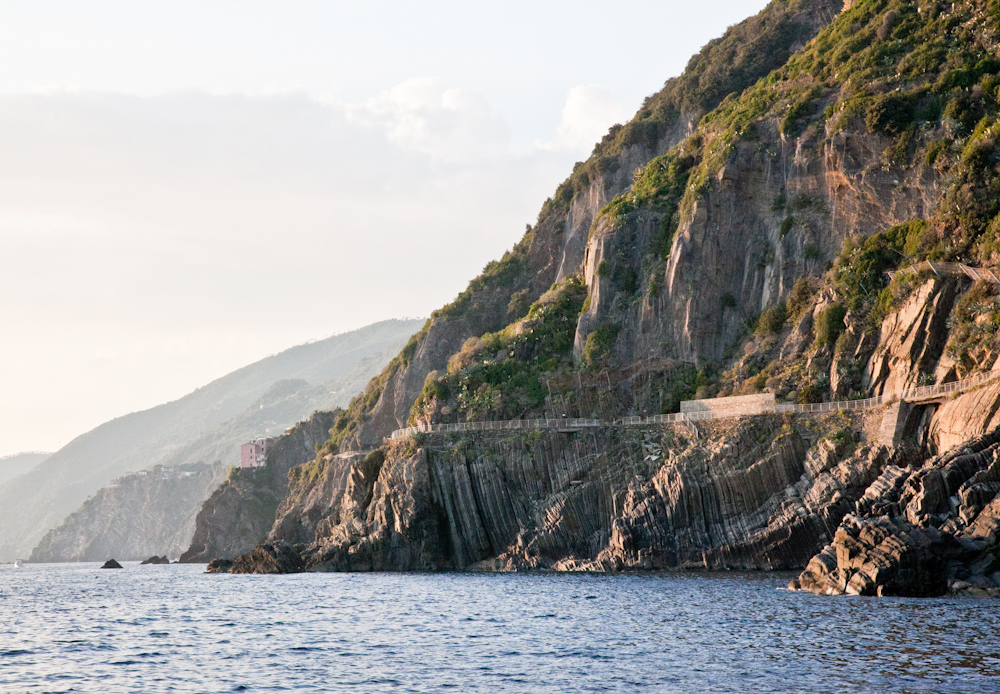 IMG_5912-riomaggiore-cinque-terre-italy-trisa-taro-the-free-passport.jpg