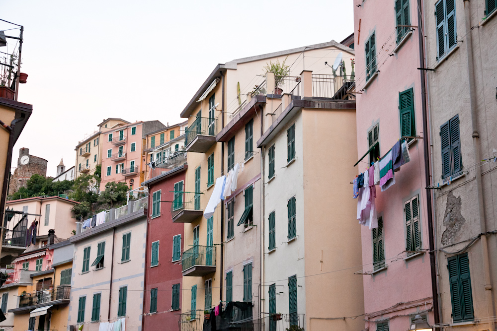 IMG_6099-riomaggiore-cinque-terre-italy-trisa-taro-the-free-passport.jpg