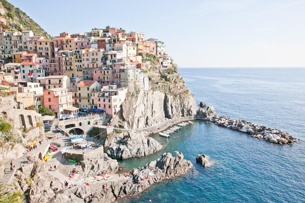 IMG_6359-manarola-cinque-terre-italy-trisa-taro-the-free-passport.jpg
