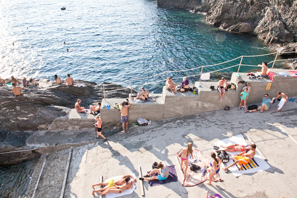 IMG_6404-manarola-cinque-terre-italy-trisa-taro-the-free-passport.jpg