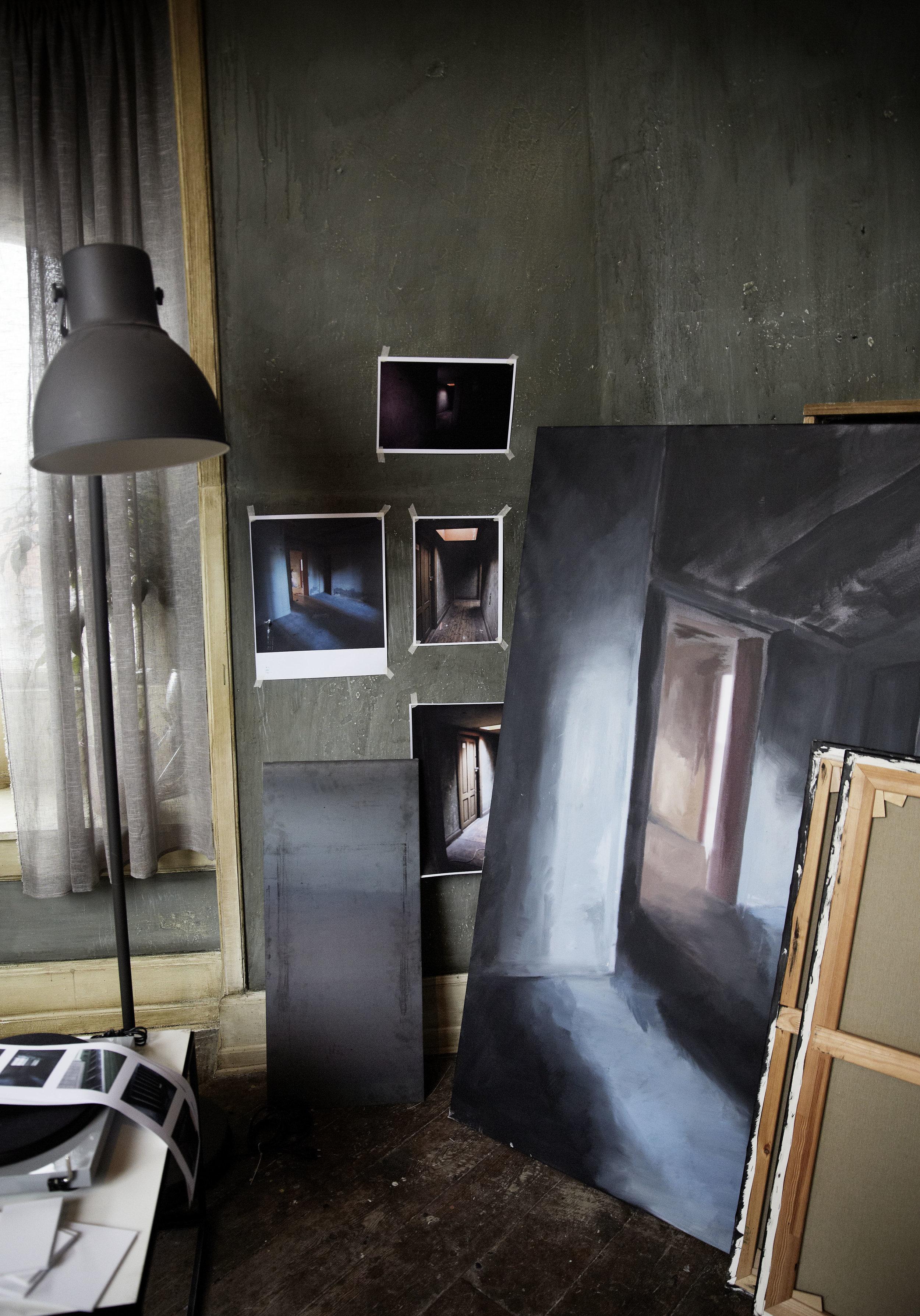 aminas_breve_production_design_knirke_madelung_photo_tine_harden_3.jpg