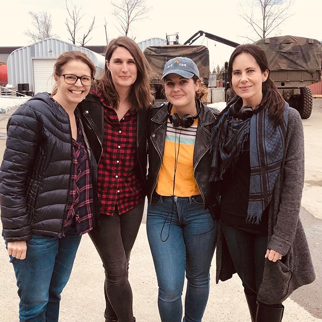 Fantastic #femalefilmmakerfriday over here at Supergirl! Two crazy talented writers with their fierce directors. @supergirlcw #writers #directors
