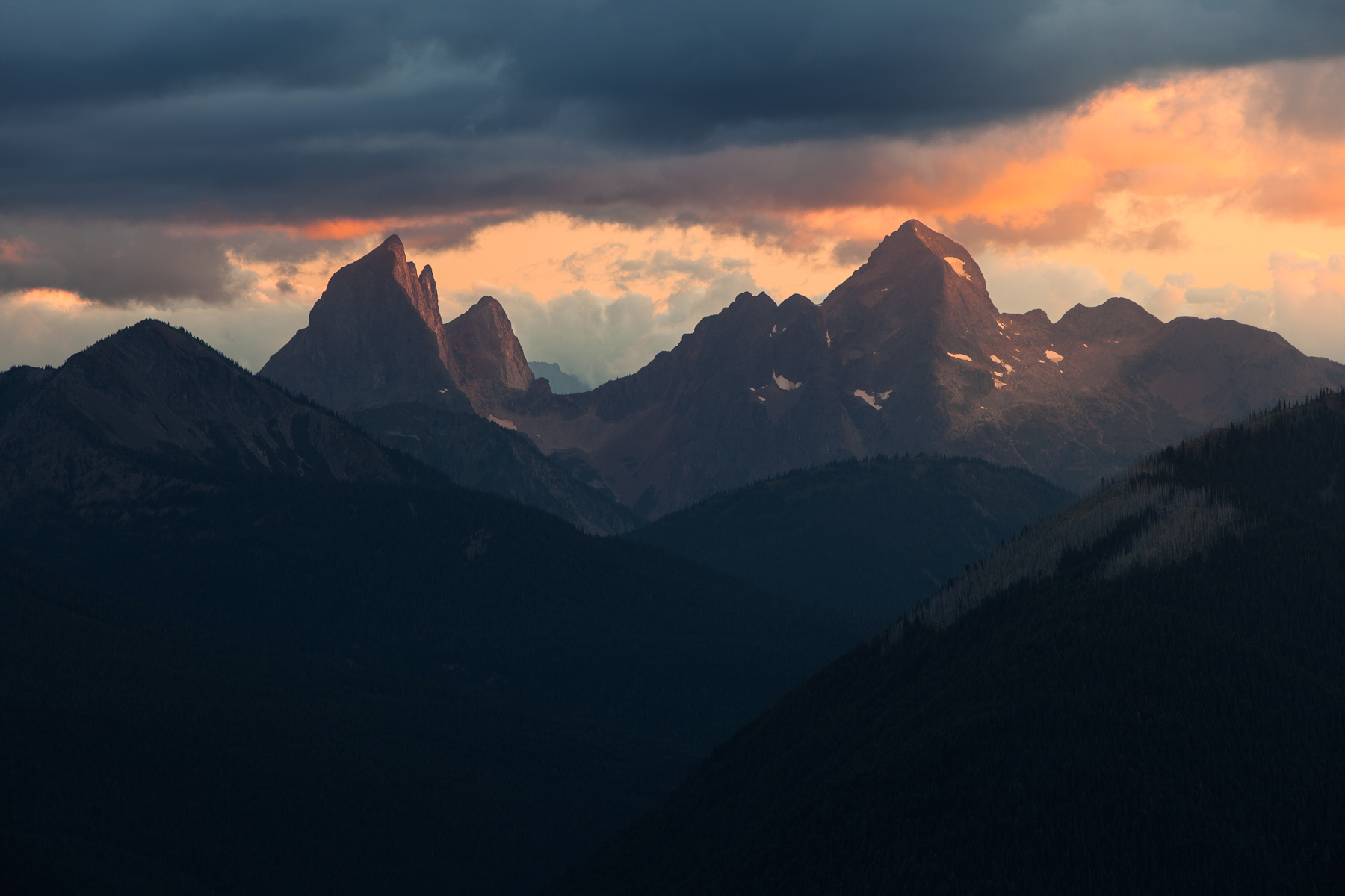 Sunset over Mount Hozomeen from Manning Provincial Park, B.C, Canada.  Image ©Connor Stefanison