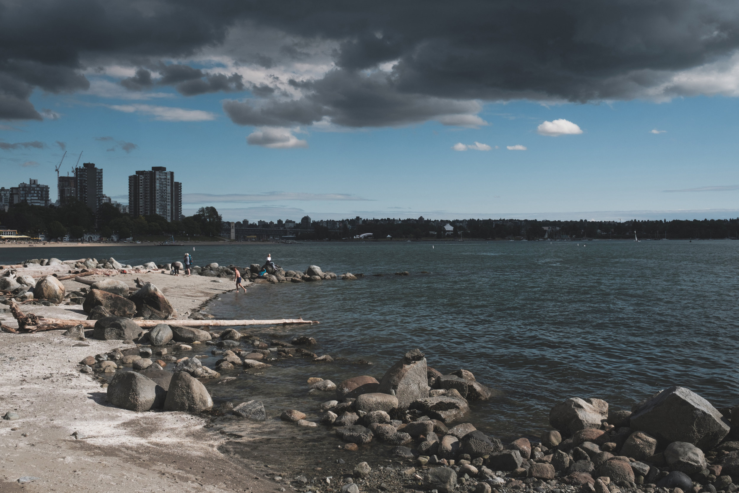 X-H1,    XF 23mm f/1.4     - English Bay, Today, June