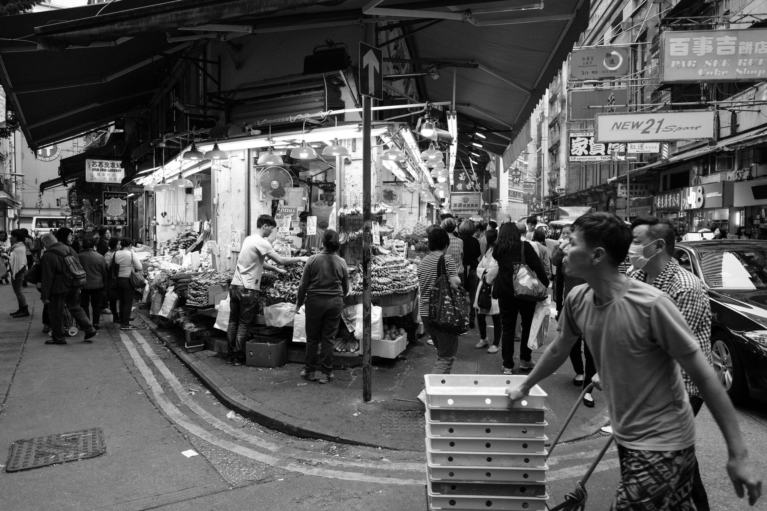 Wan Chai,  Hong Kong , Fujifilm X-Pro2, XF 14mm f/2.8 R @ f/3.2