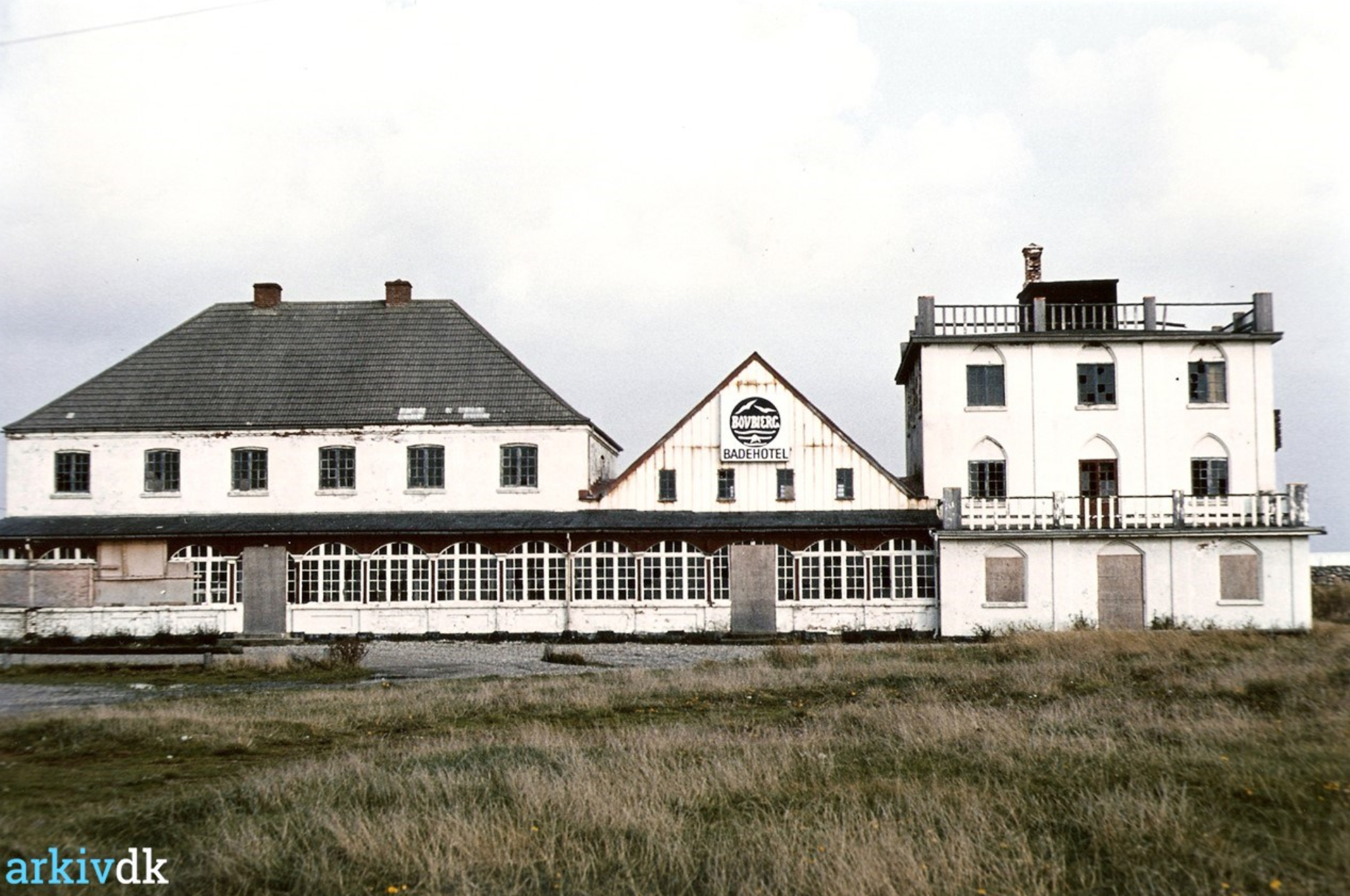 A bit of history. I especially recall Bovbjerg Badehotel (swim hotel). It was sold by local artist, Kristen Bjerre in 1974 and left in decay hereafter. Coincidentally, I also lived on a street in Lemvig named after this artist (Kristen Bjerre's Vej). The hotel was eventually torn down and new holiday rental units have been built in the same location. Photo credit: arkiv.dk