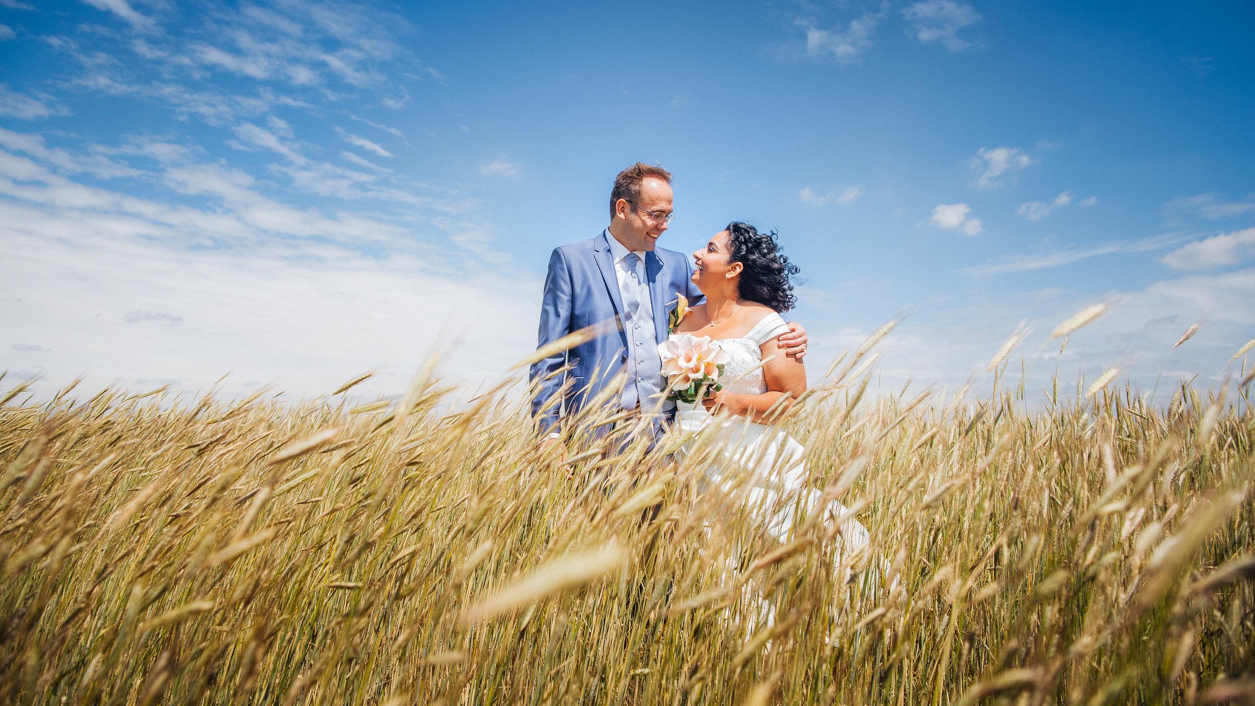 Bruiloften   Laten we samen deze herinnering vastleggen.   Contact