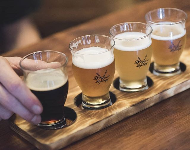 Do you share your beer flight or keep it all to yourself? 🍺✈️#askingforafriend . Flights are a great way to try a few beers on tap before ordering a full glass! Question is... do you let that thirsty friend sip on your samples? . . . #dryriverbrewing #brewery #breweries #beerstagram #beerlove #beeflight #dtla #DTLAbreweries #LAbeer #LAbrewers #craftbeer #brewerytour #craftnotcrap #sourbeer #sourales #wildales #slowbeer