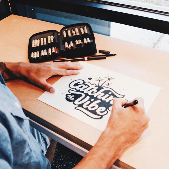 Leo-gomez-studio-hand-lettering-sketchbook-07
