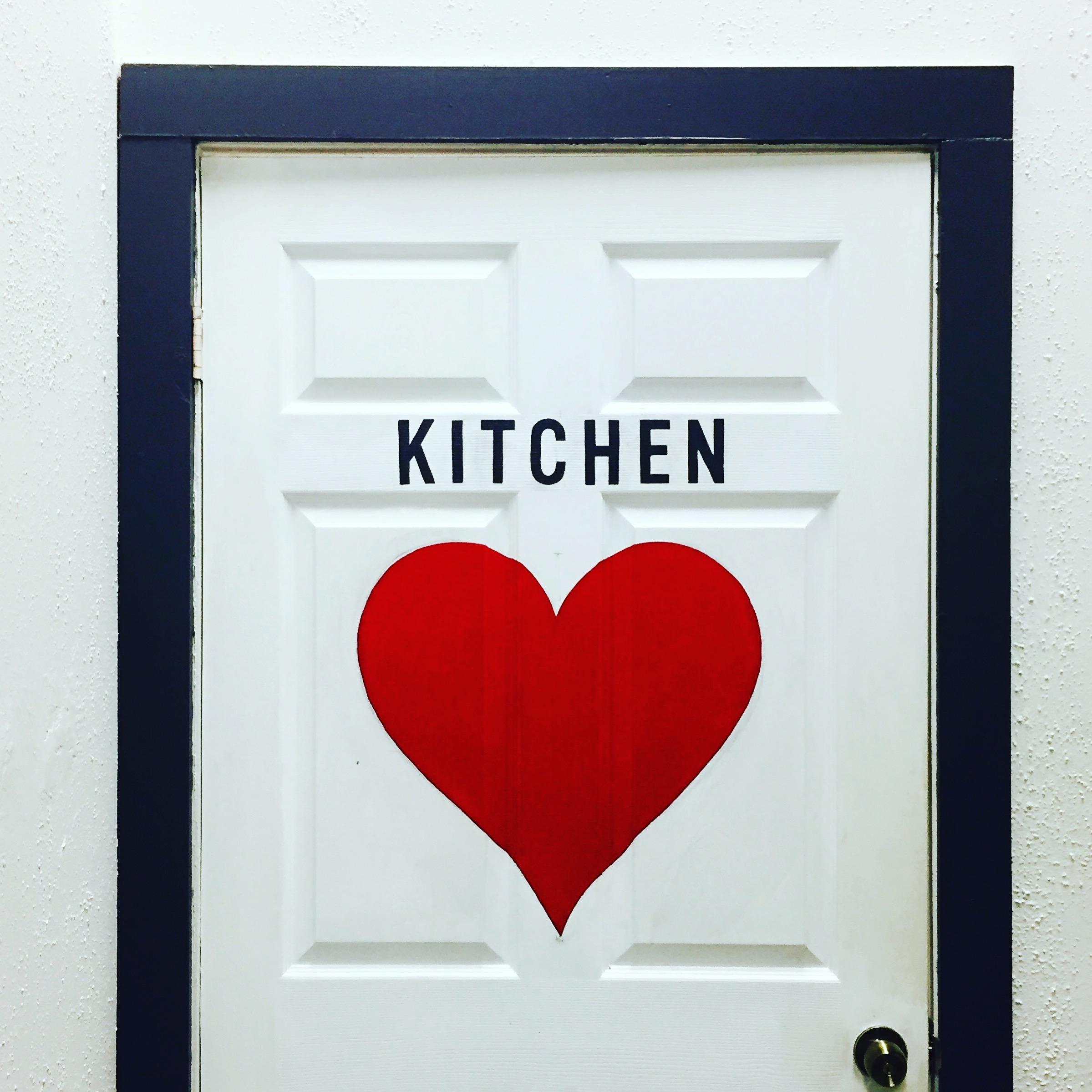 Leo-Gomez-Studio-Love-Food-Sign-02