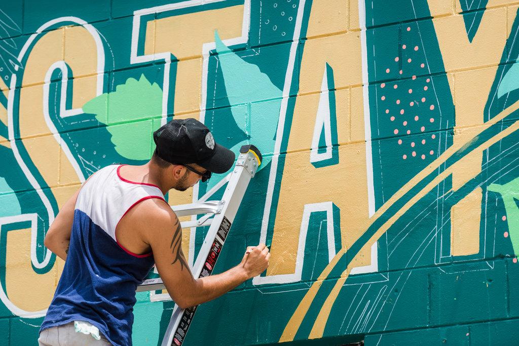 Leo-Gomez-Studio-Wild-Roots-Mural-01.jpg