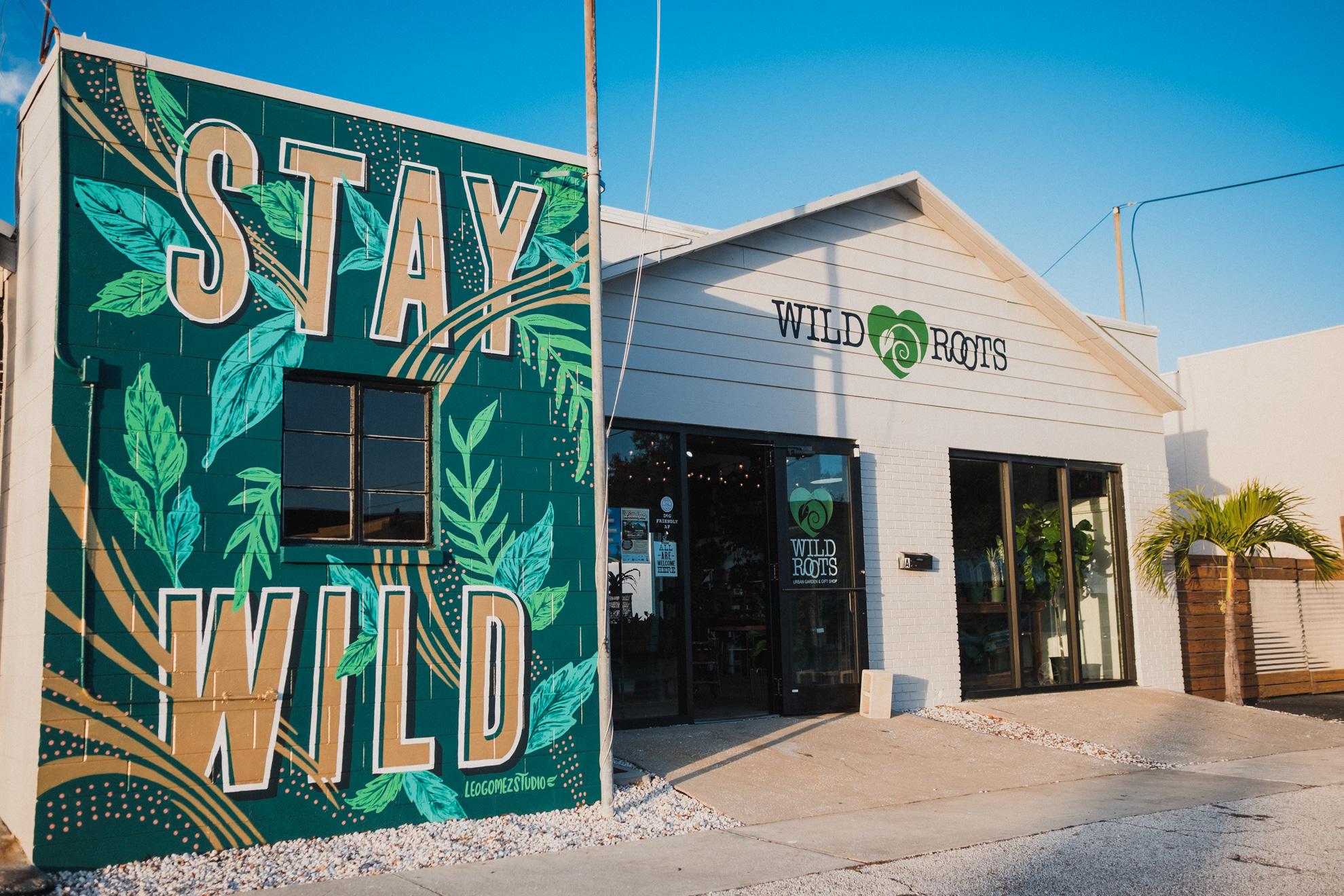 Leo-Gomez-Studio-Stay-Wild-Lettering-Mural.jpg