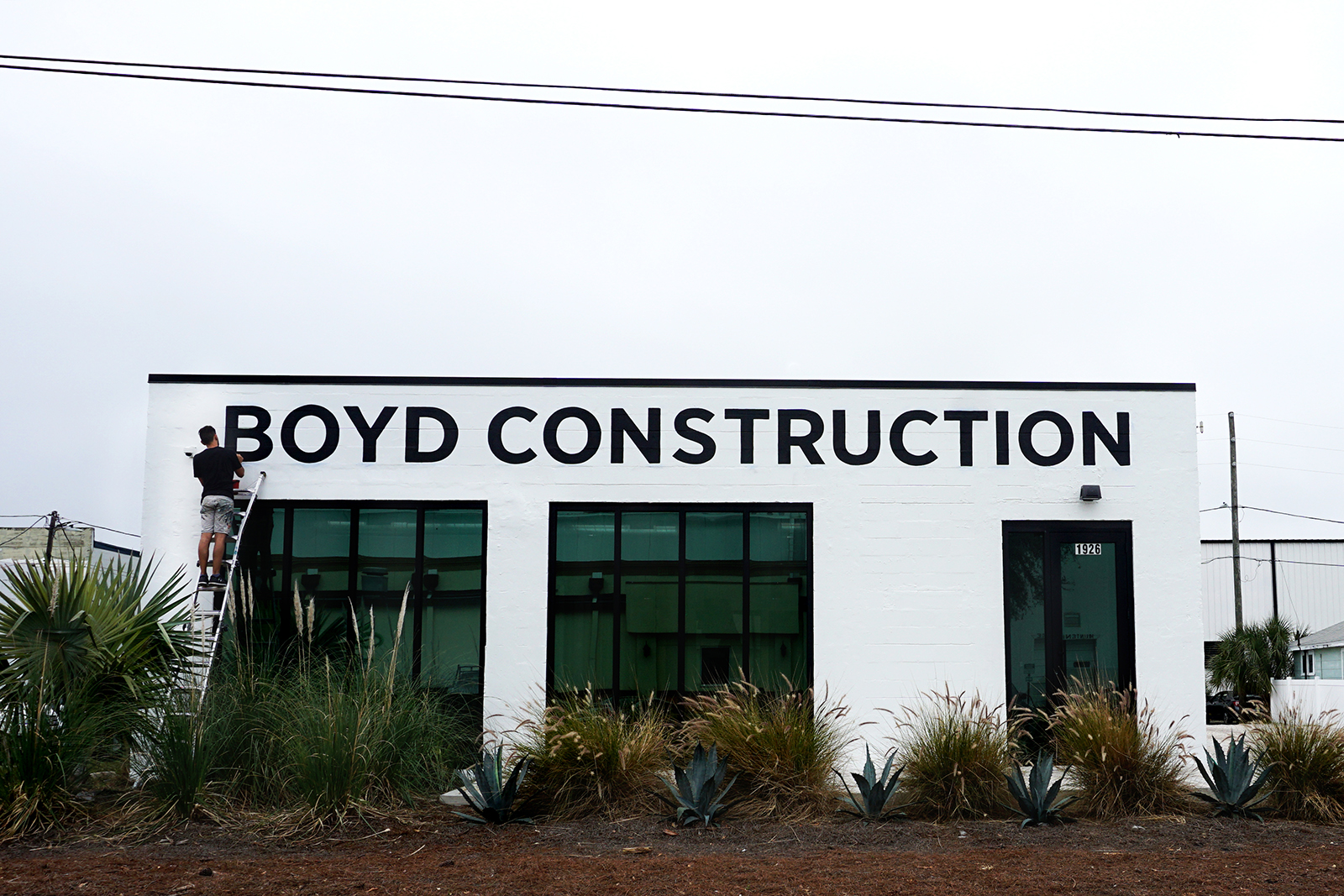 Boyd-Construction-Leo-Gomez-Studio-Hand-Painted-Sign-02.jpg