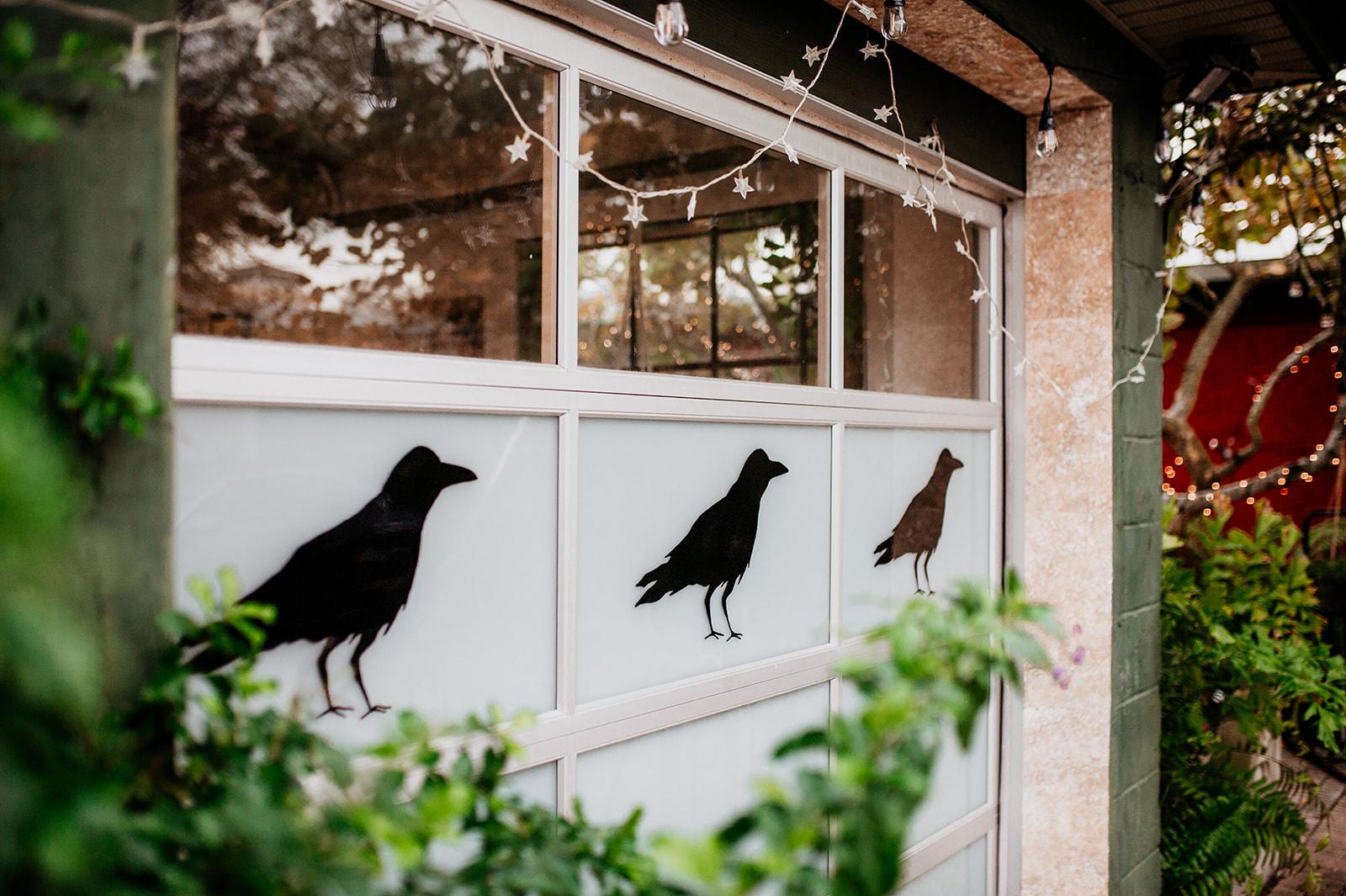 Black-Crow-Lettering-Leo-Gomez-Studio-02