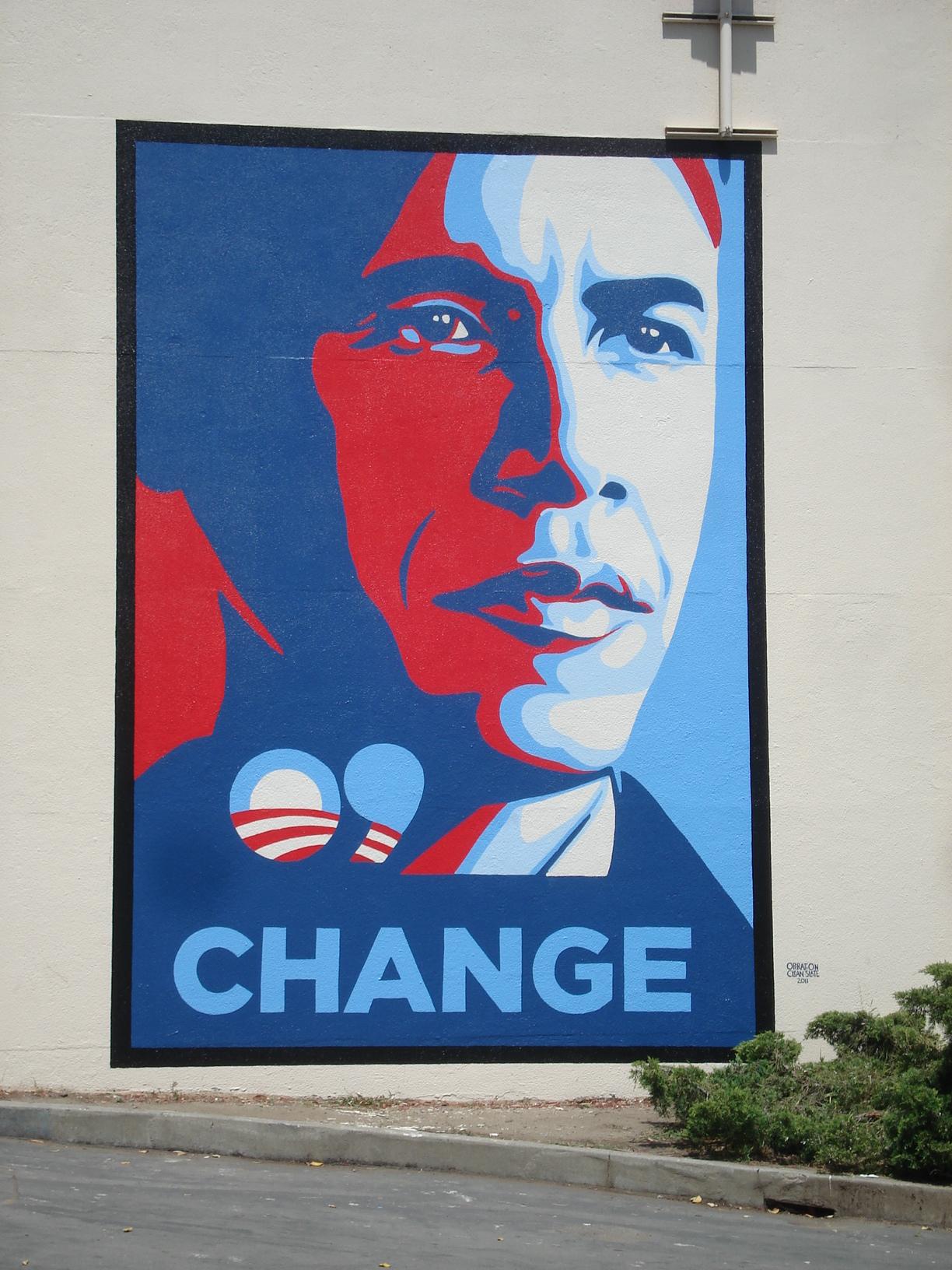 misc-obama-mural-at-univ-hs[1].jpg