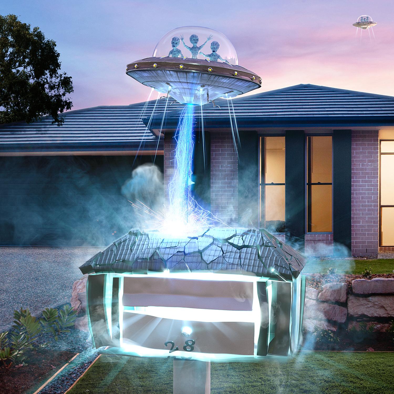 SASA4294_Saatchi_Sydney_St_George_Aliens_detail_Electric_Art_1500x1500.jpg