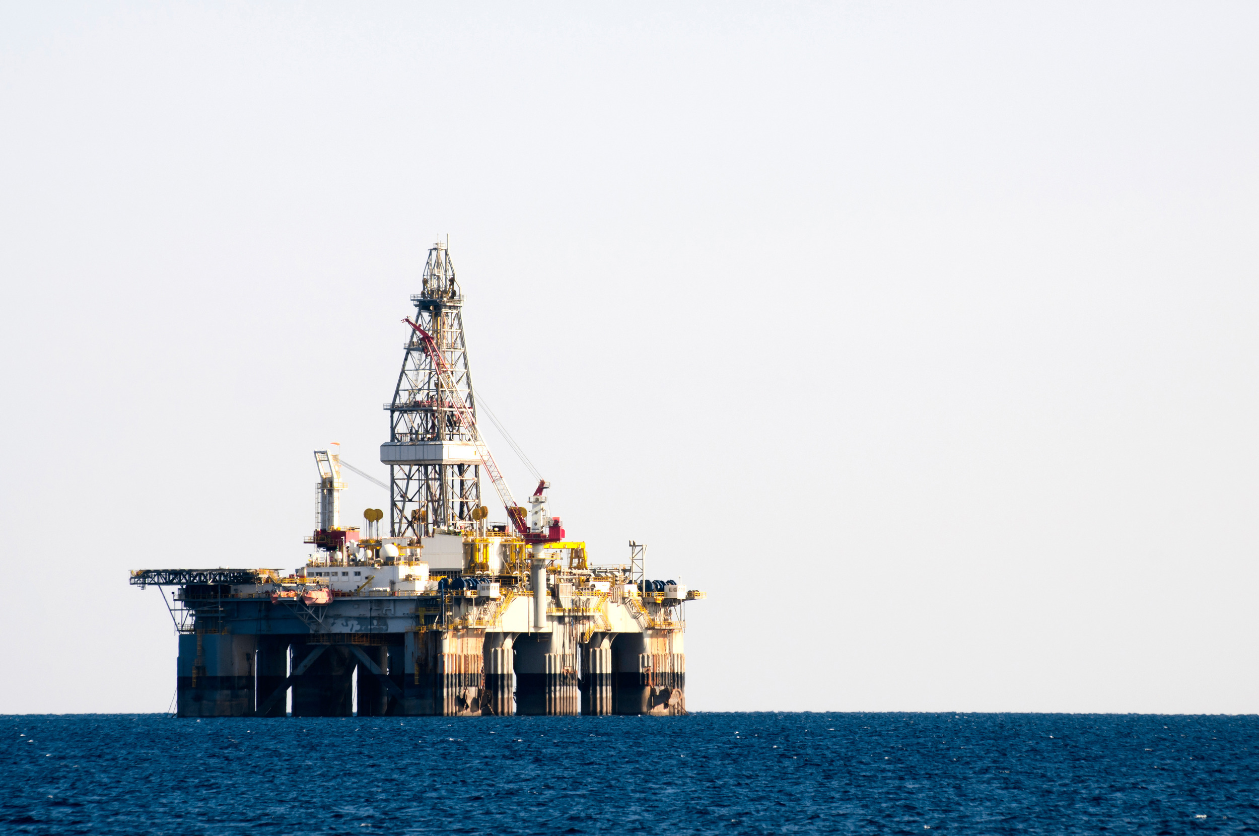 sea-oil-rig-drilling-platform_BP_graphicstock.jpg