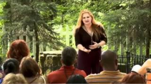 Celebrity Medium Michelle Whitedove giving messages at The Stump