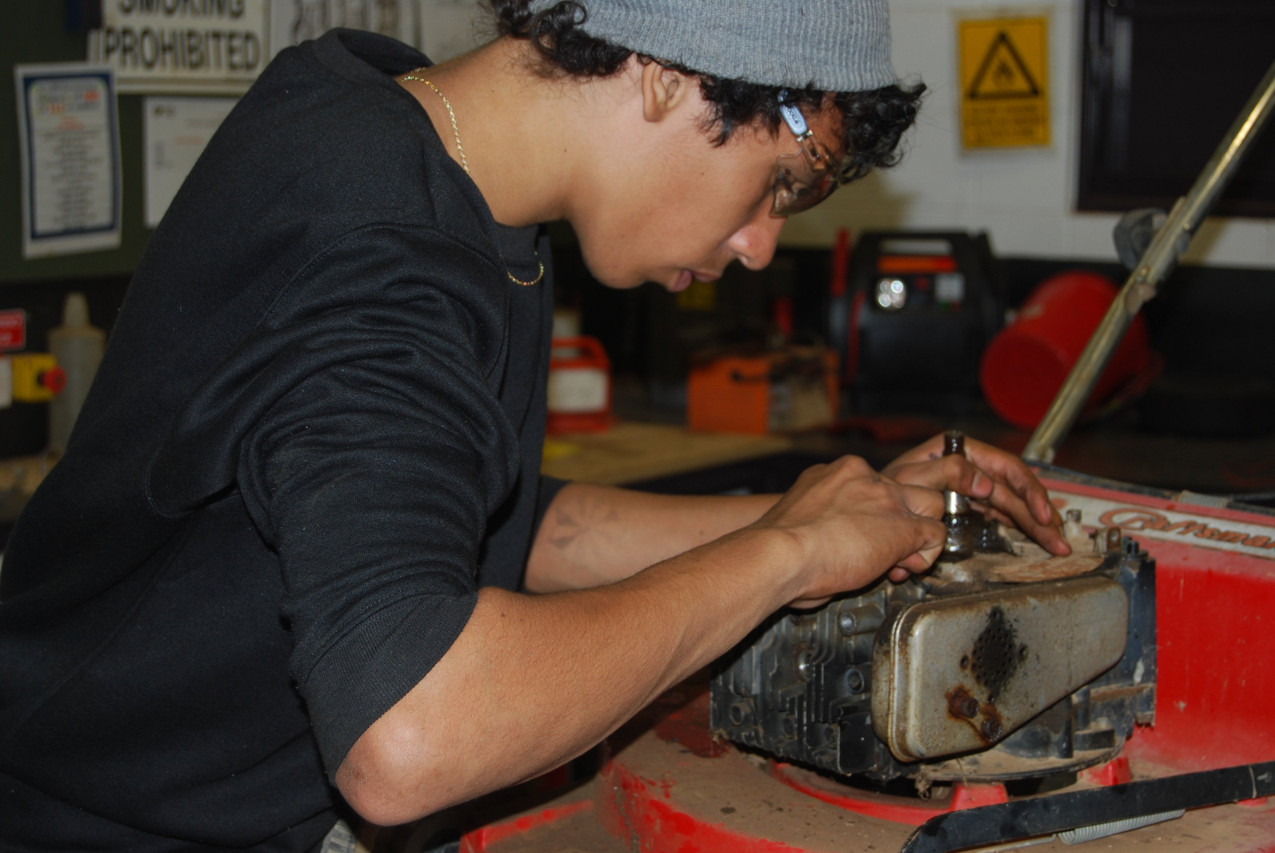 2012 Yirara students-automotive 18.JPG