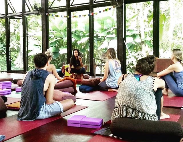 """Daphne addressing the group for the last time on our final day of training : """"We put you guys apart and somehow you all managed to worked together as one. A progressive vinyasa build up, to yin and all the way through to mindfulness. Well done!"""" . #proudmoments ❤️ . . . . . . . . . #celebrationtime #effort #yogajourney #ubudbali #routesofyoga #yogateachertraining #baliyoga #yogateacher #ttc #ubudyoga #ubud #yogaworkshop #yogaretreat #yoga #yogalife #yogabarn"""