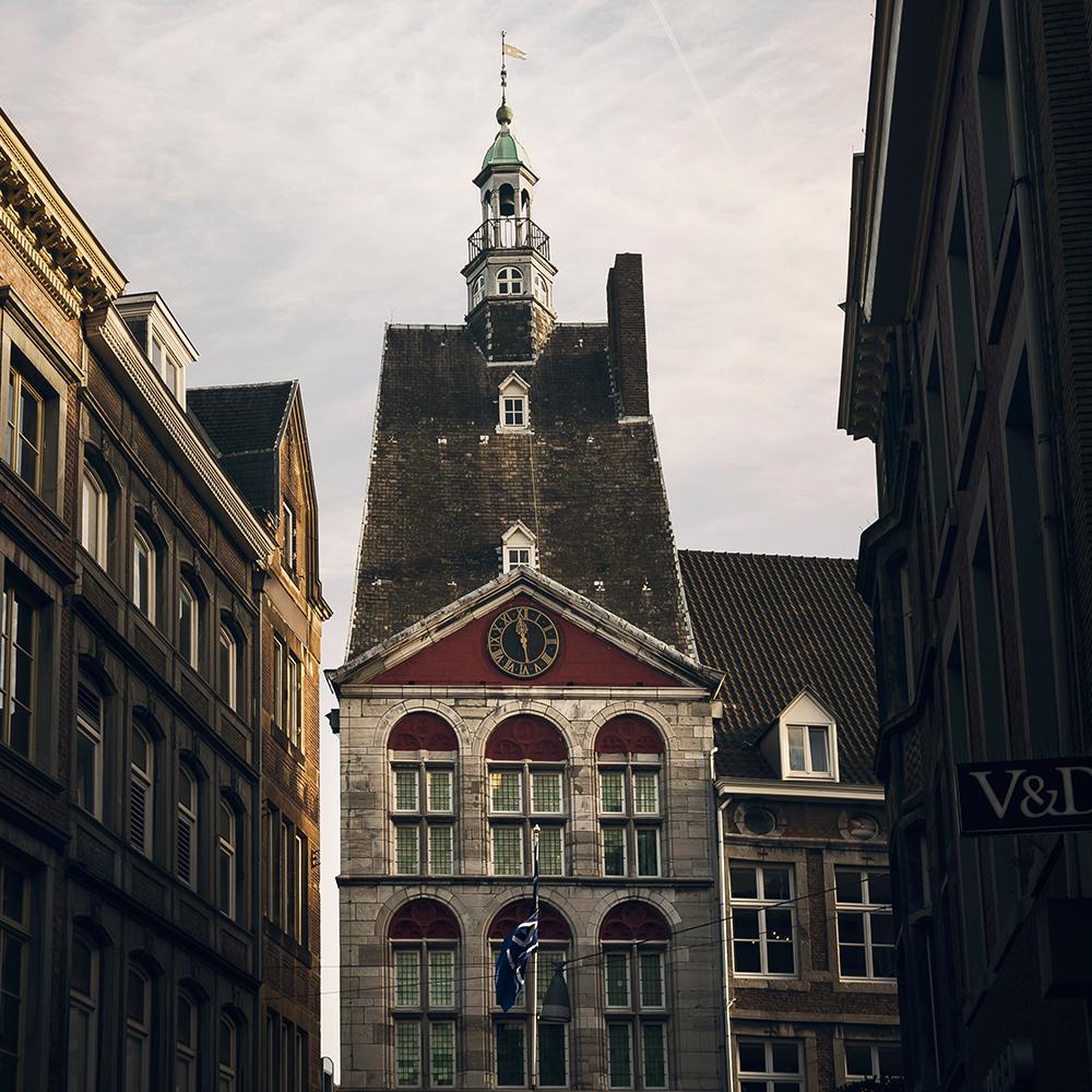 maastricht-dinghuis-vvv-visitor-center.jpg