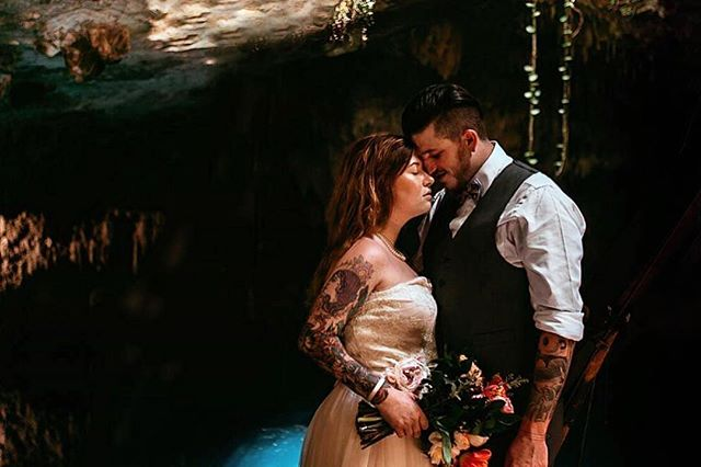One from yesterday 🔥Had a blast with these two in our magic cenotes! A L I S O N + G A R R E T T . . . #trashthedress #mexicowedding #tulumwedding #mexicoweddingphotographer #elopement #elopementwedding #tulum #cenote #greenweddingshoes #indiewedding #rwandastudio