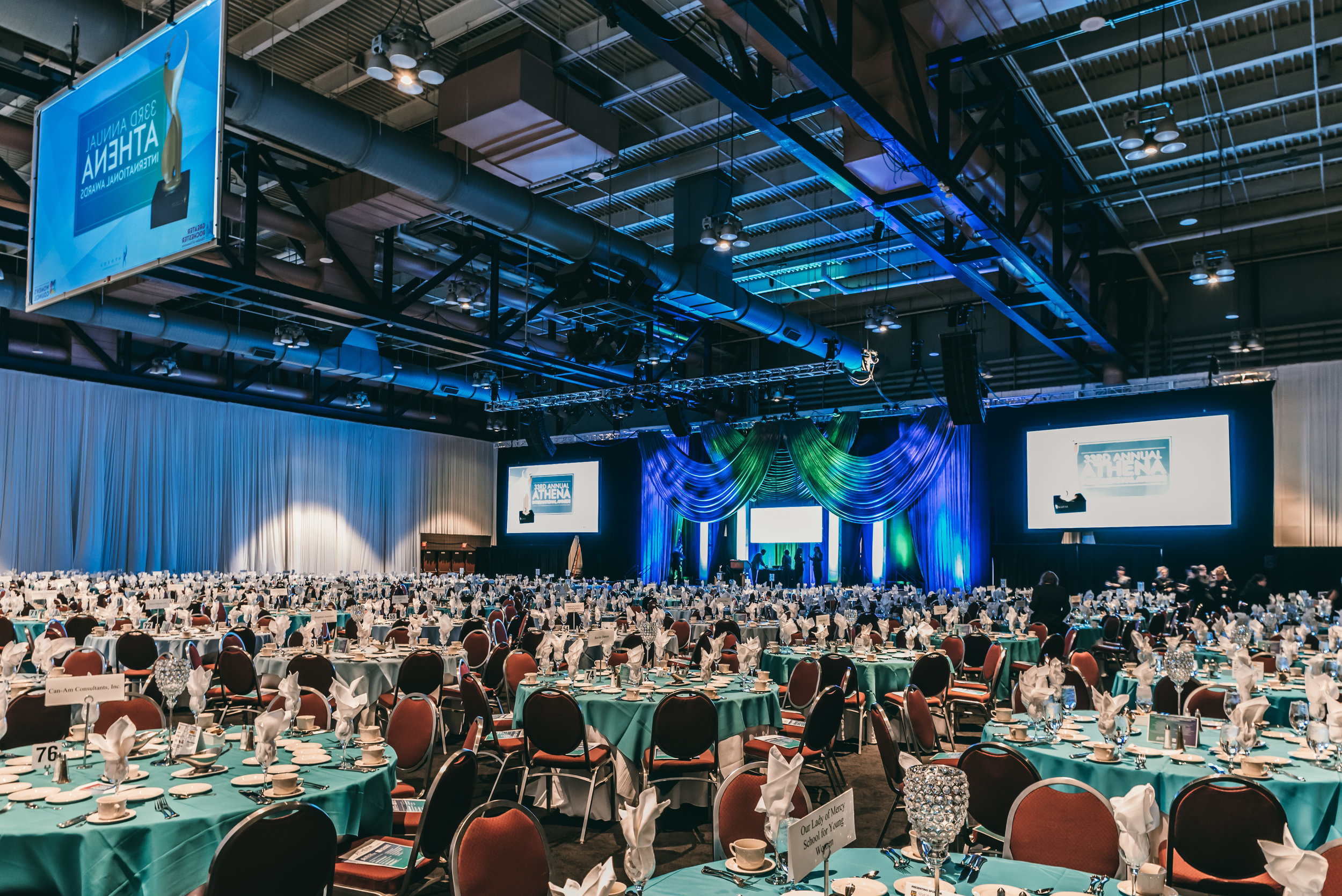 2018 ATHENA Awards banquet room