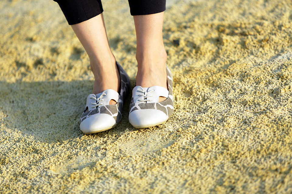 forevernew-fashion-blogger-callitspring-shoes-style-blog-guess-handbags-johannesburg-south-africa-amandacusto-blog-fashion-ootd-__ (6).jpg