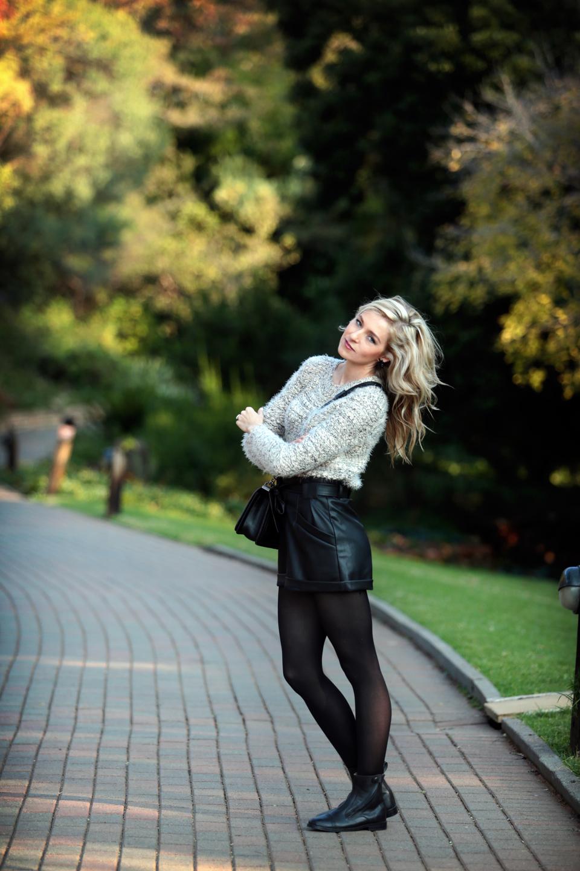 amandacusto-fashionblogger-yde-zara-leather-shorts-chanel-leboy-blonde-blogger-southafrica-005.jpg