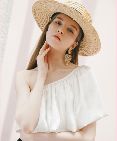 Straw Boater Hats   Available @ R580 in S M and L   amandacustoblog@gmail.com for orders
